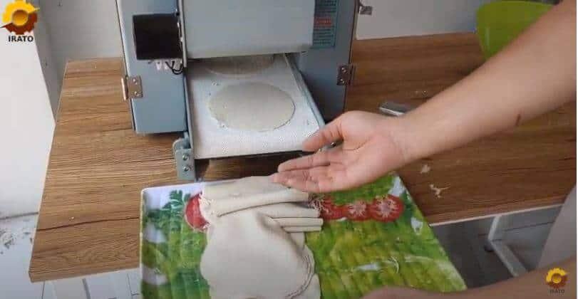 Máy làm vỏ bánh há cảo, bánh gối, bánh bao, hoành thánh Mini
