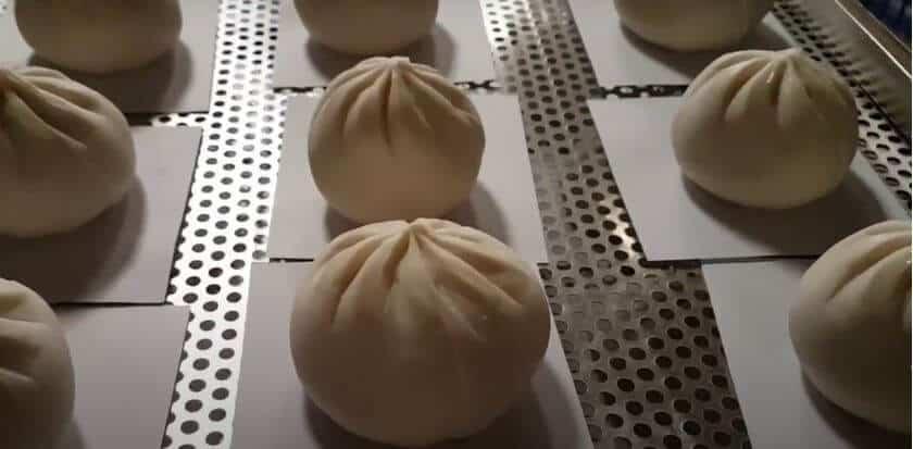 Nặn bánh bao thủ công